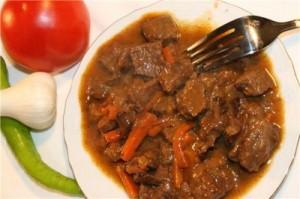 Тушеное мясо по - кабардински